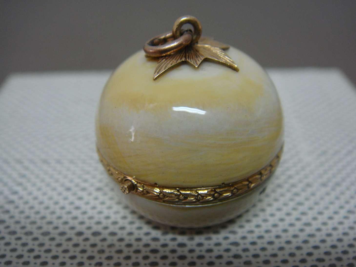 boule-geneve-montre-luxe-ivoire-horlogerie-cabinotier-art-restauration-restaurarte-comblemen-retouche.jpg