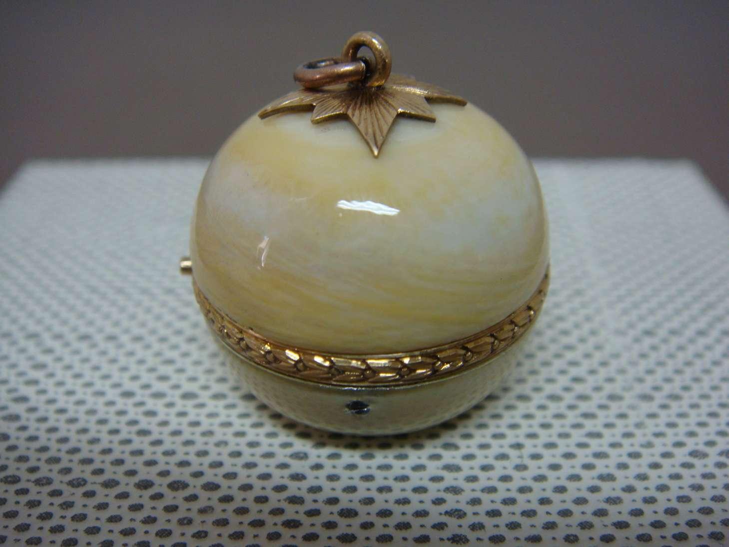 boule-geneve-montre-luxe-ivoire-horlogerie-cabinotier-art-restauration-restaurarte-luxe-industrie-horlogere.jpg