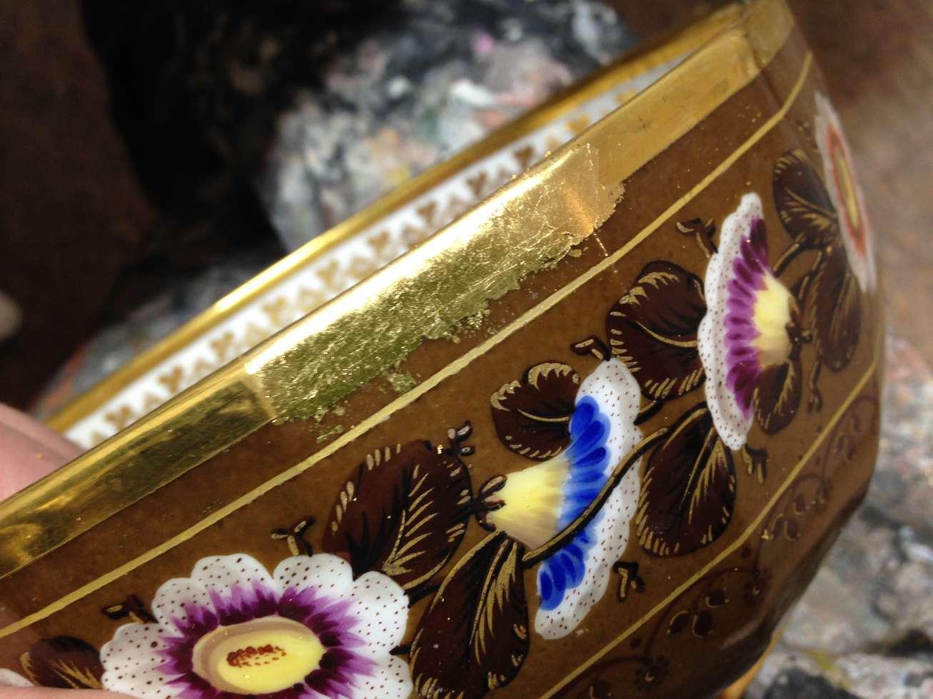 dorure-porcelaine-feuille-24-carats-art.jpg