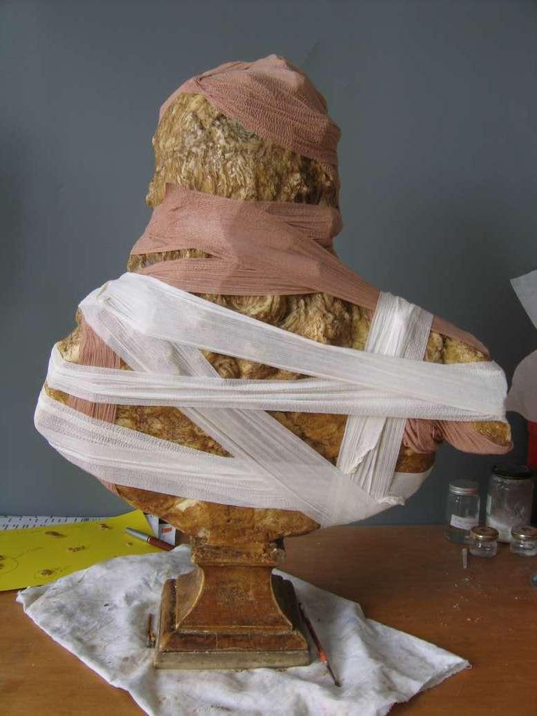 buste-louis-XV-coysevox-cire-art-restauration-restaurarte-consolidation-louvre-versailles.jpg
