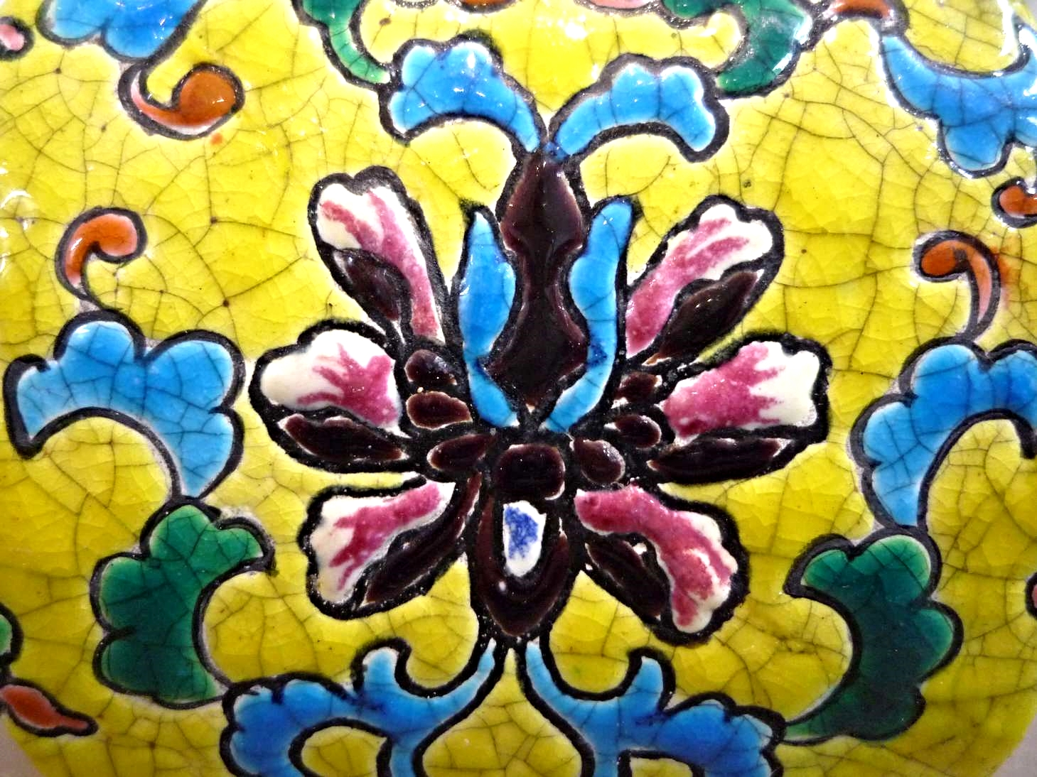 emaux-froid-resine-longwy-faience-art-ceramique-pot-fleurs-restauration-restaurarte.jpg