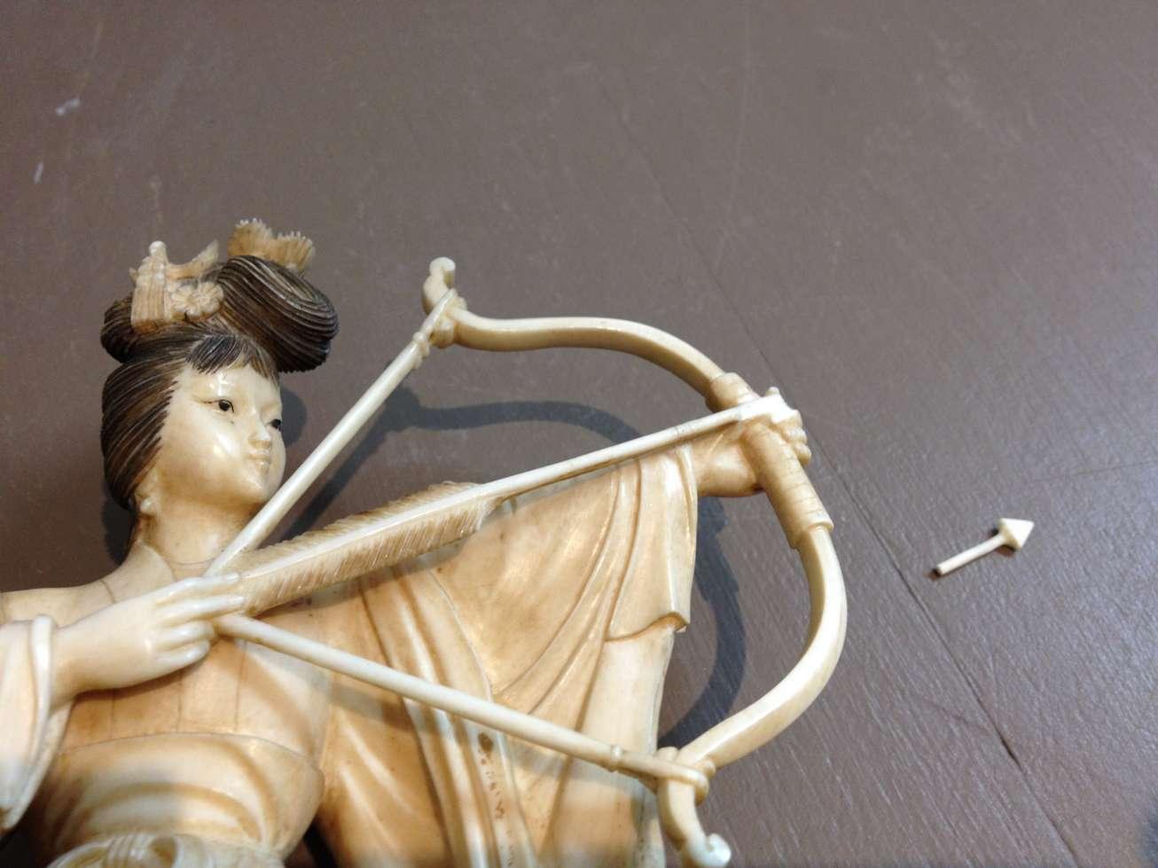 femme-fleche-ivoire-chine-art-restaurarte.jpg