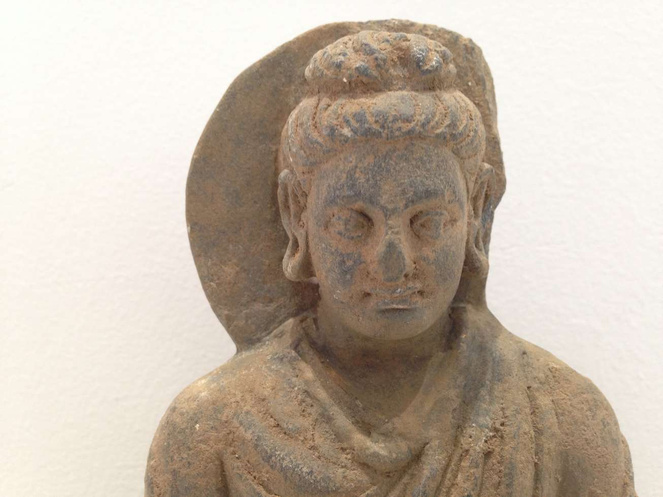 bouddha-comblement-metal-asie-art-ancien-reparation-restaurateur-invisible-restaurarte.jpg