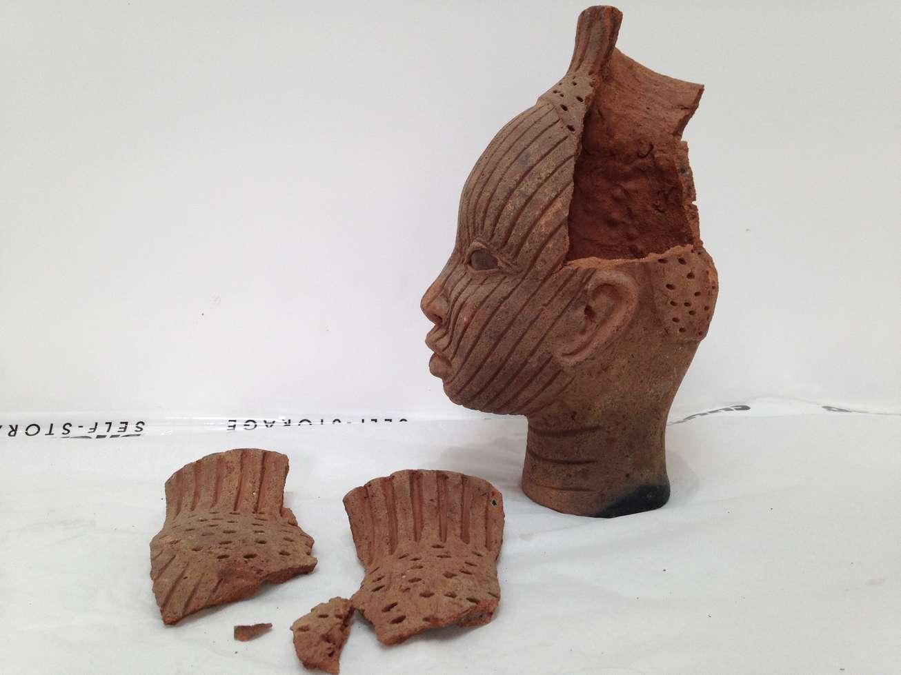 terre-cuite-afrique-femme-africaine.jpg
