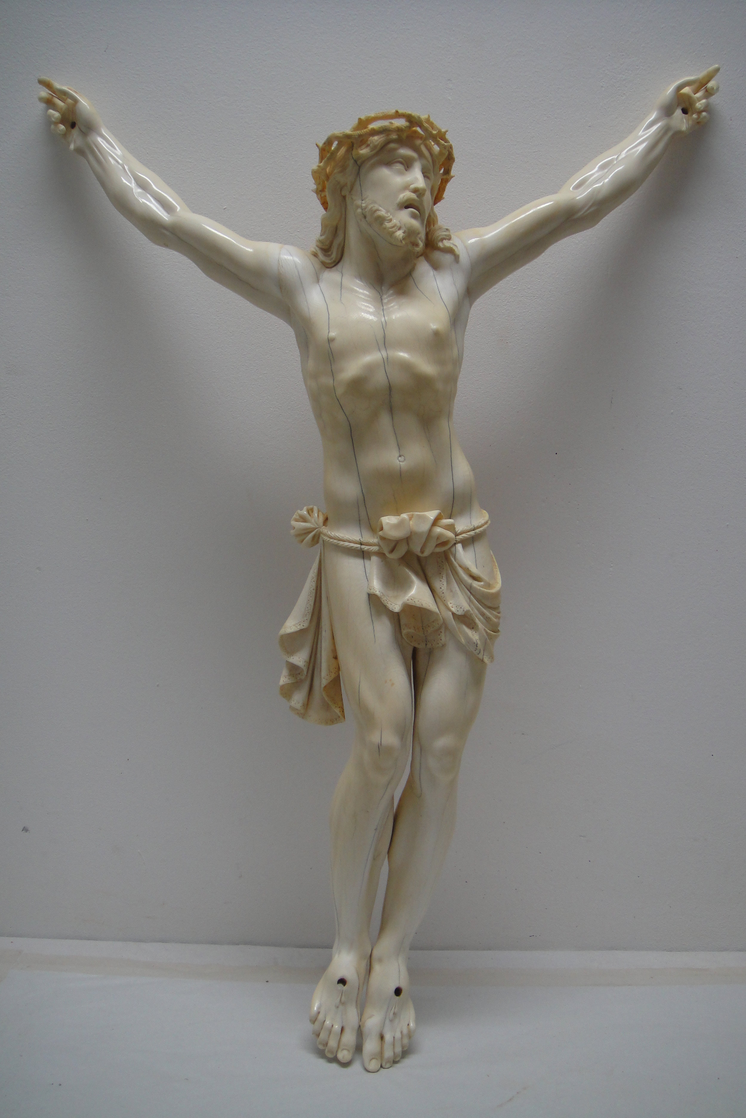 christ-ivoire-chapelle-versailles-restauration-reparation.JPG