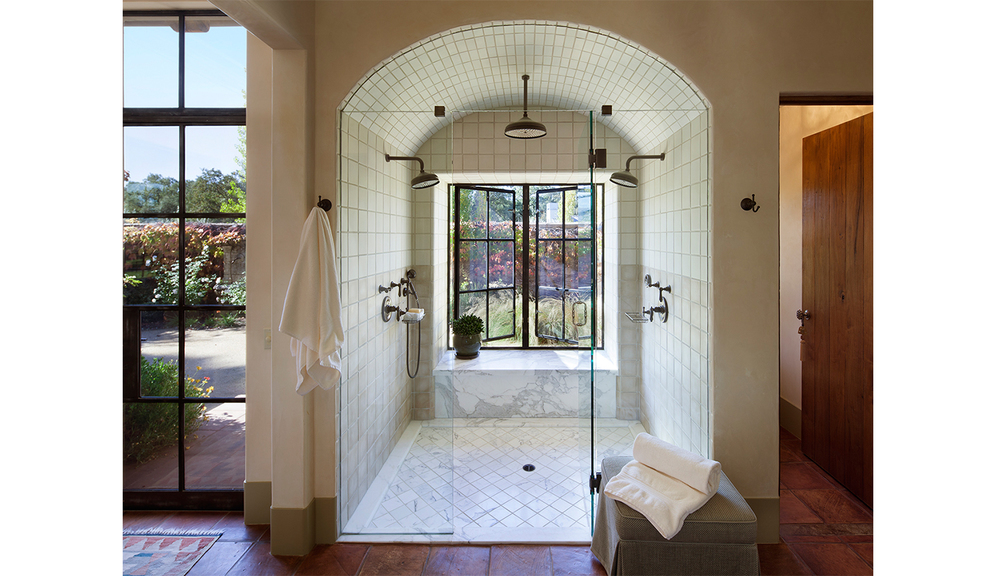 Calistoga_traditional_shower.jpg