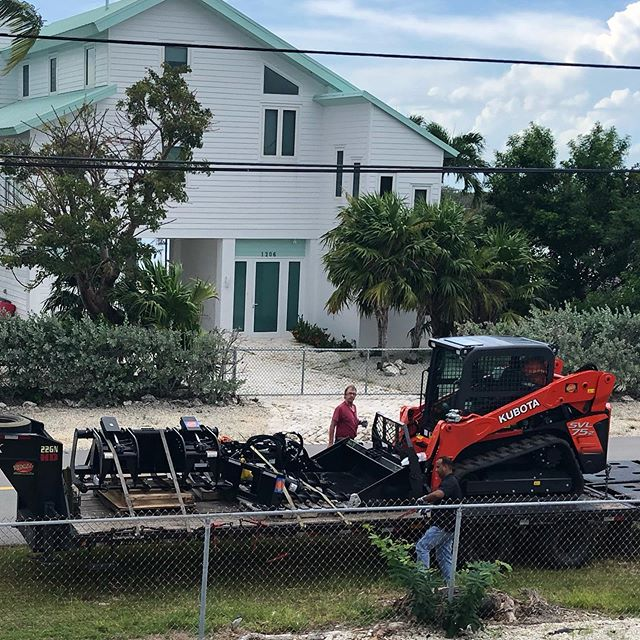 My new toy arrived!  Kubota #kubota @growersequipment #growersequipment #thankscasey #adulttonka #needsOceanLeds #cleanup