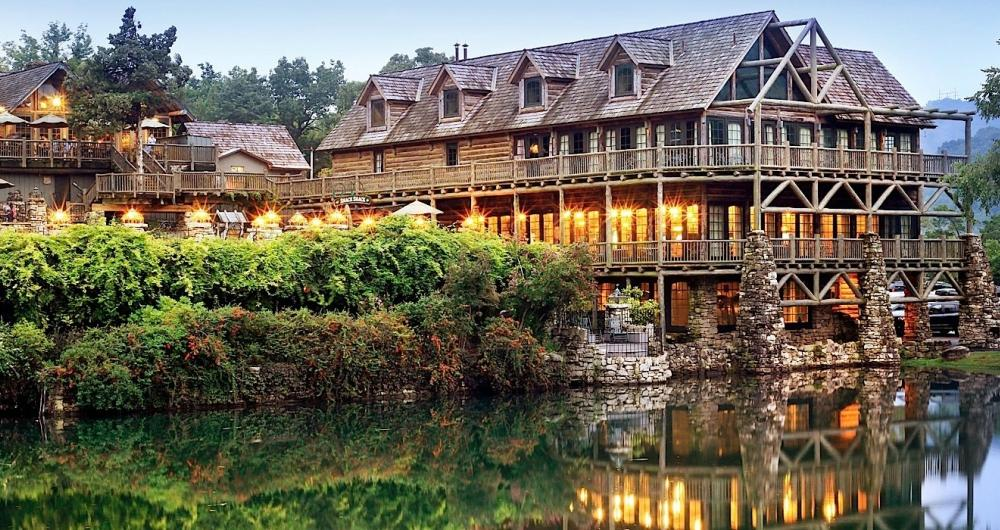 Annual team offsite for $4 billion RIA    Leveraging your existing clients' help for more growth   Big Cedar Lodge, Ridgedale, MO