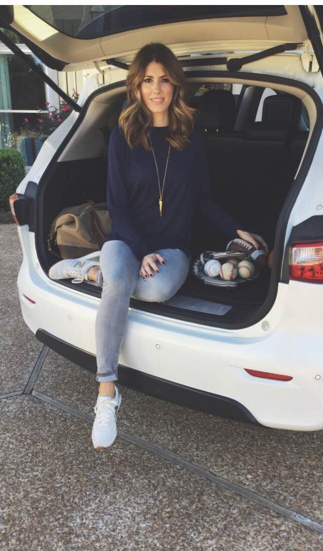 """Easy outfit for a day/night at the """"fields."""" These athleisure sneakers are a great match to this casual but together outfit! Add a simple necklace and your out the door."""