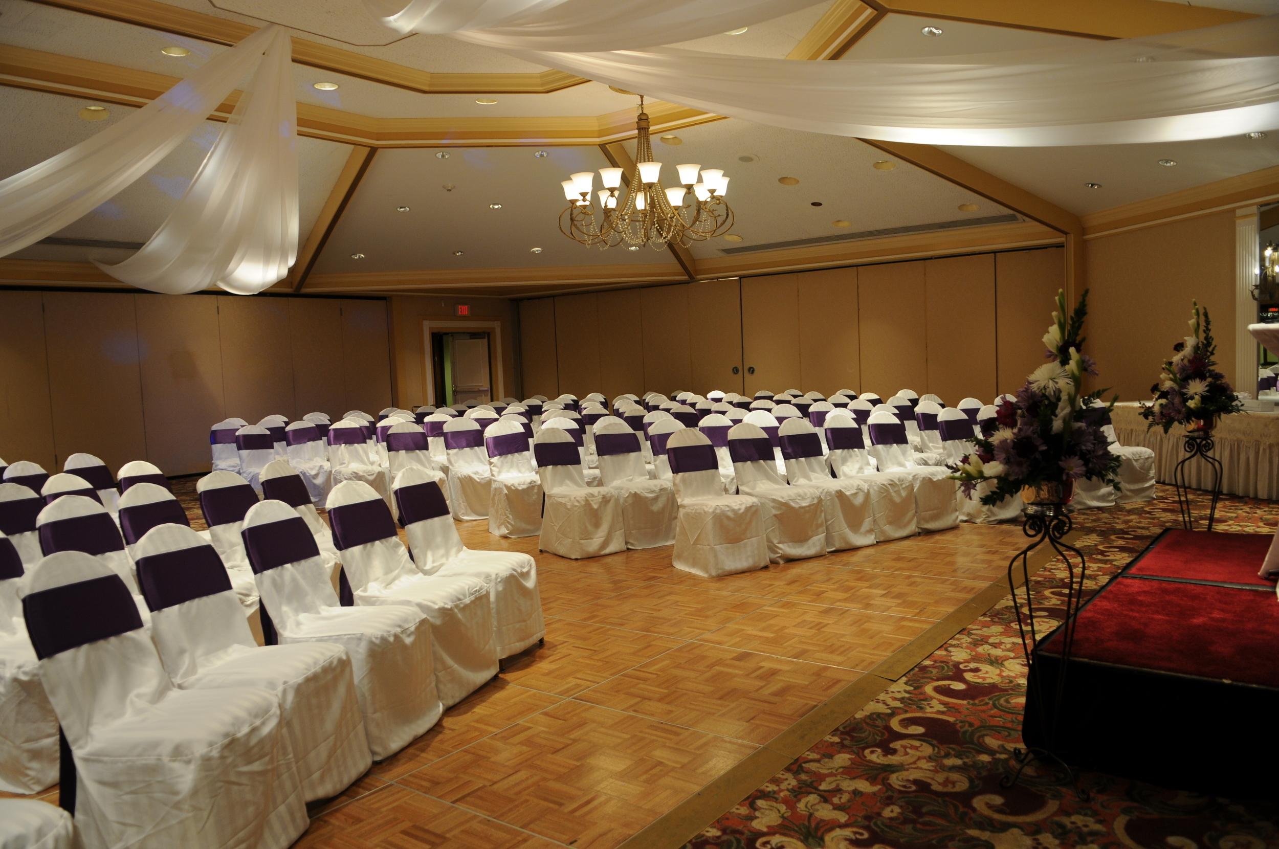 Indoor ceremony set up