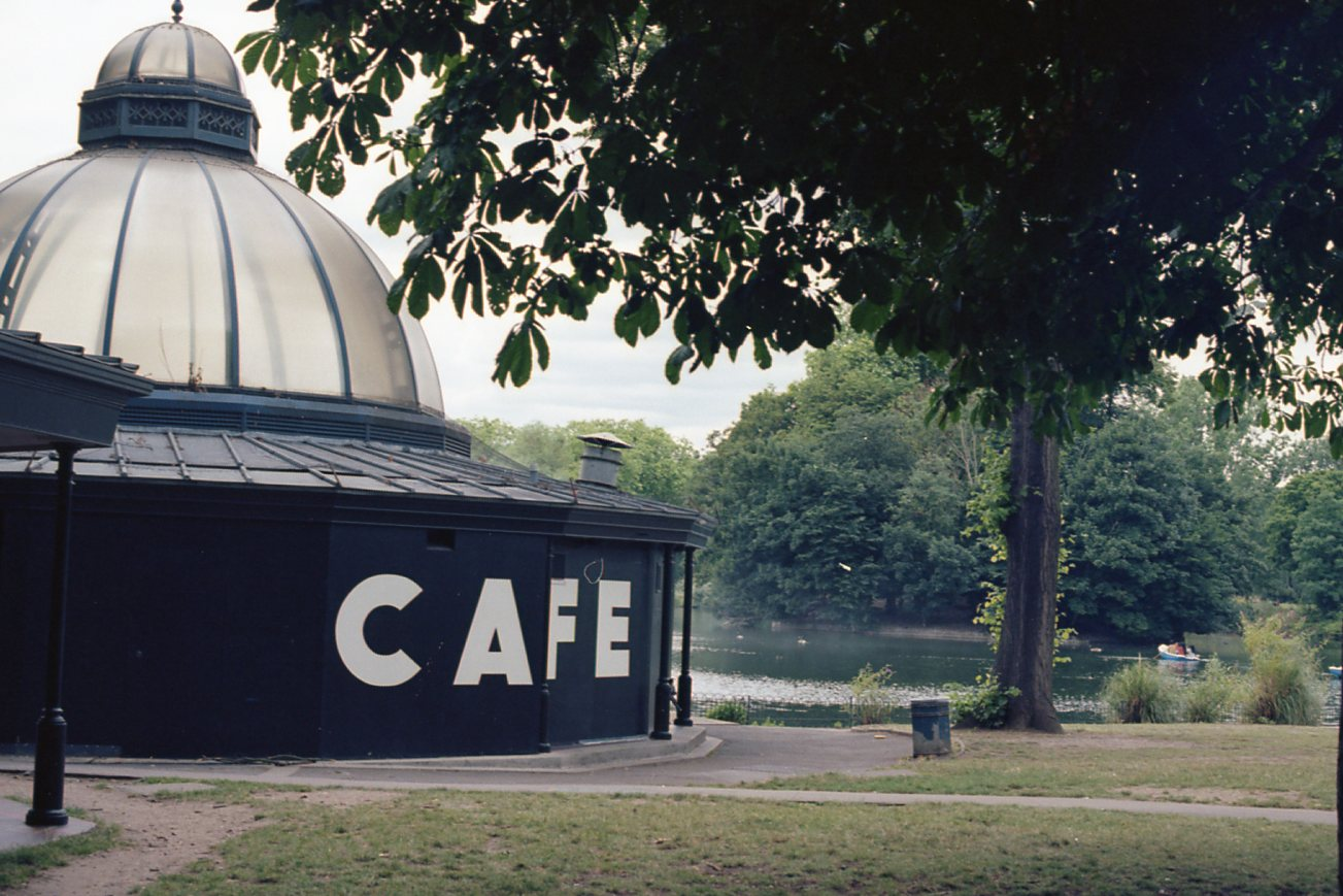 Ektar 100 London013.jpg