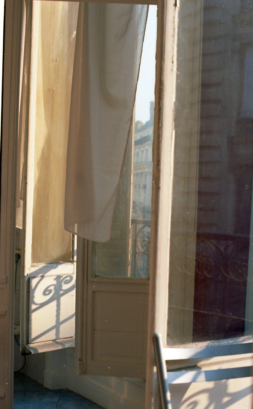 Ektar 100 Paris025.jpg