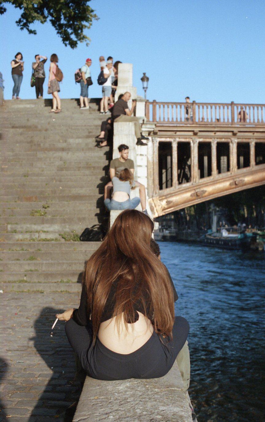 Portra 400 Paris008.jpg