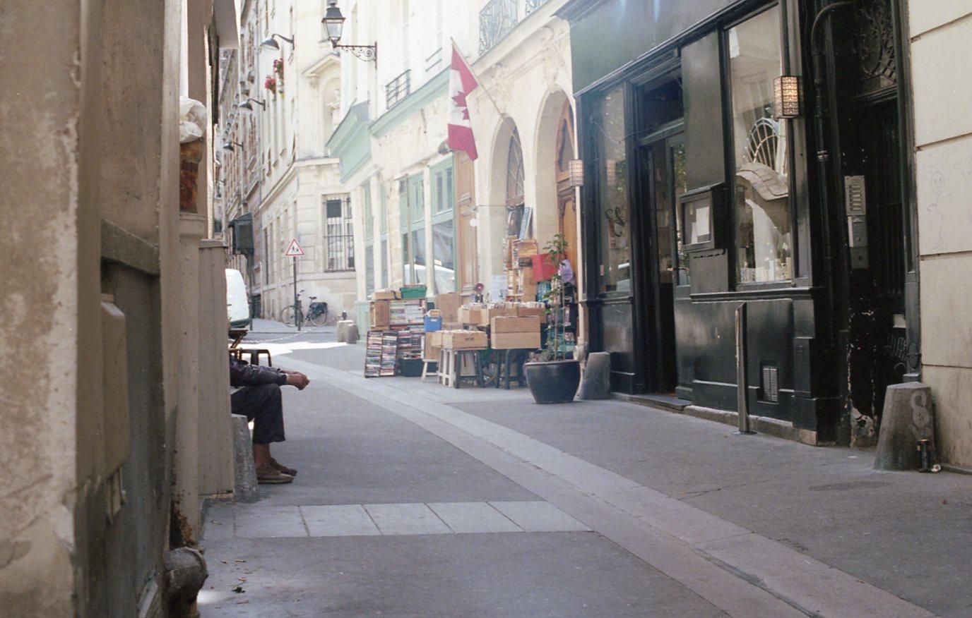 Portra 400 Paris026.jpg