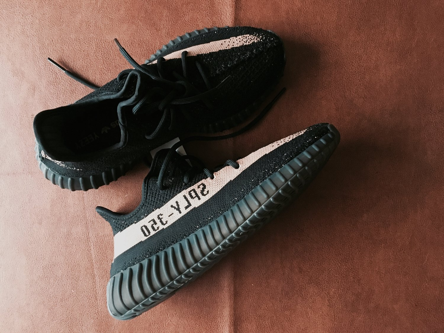Adidas-Yeezy-V2-CreativeSession-Copper-TopSide