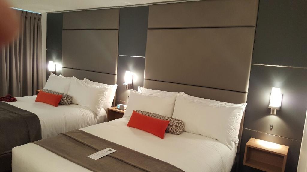 Denca_Carriage_Hotel_2.JPG