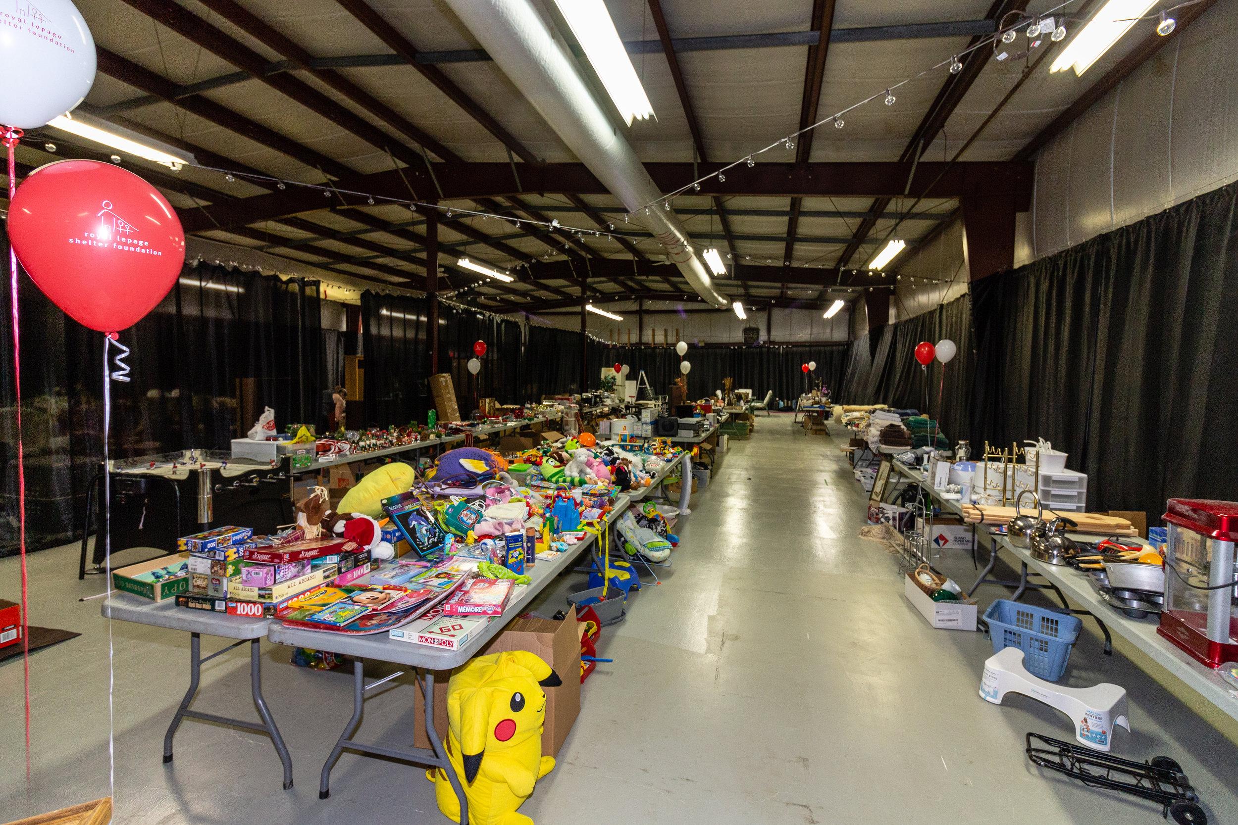 Garage Sale-0520.jpg
