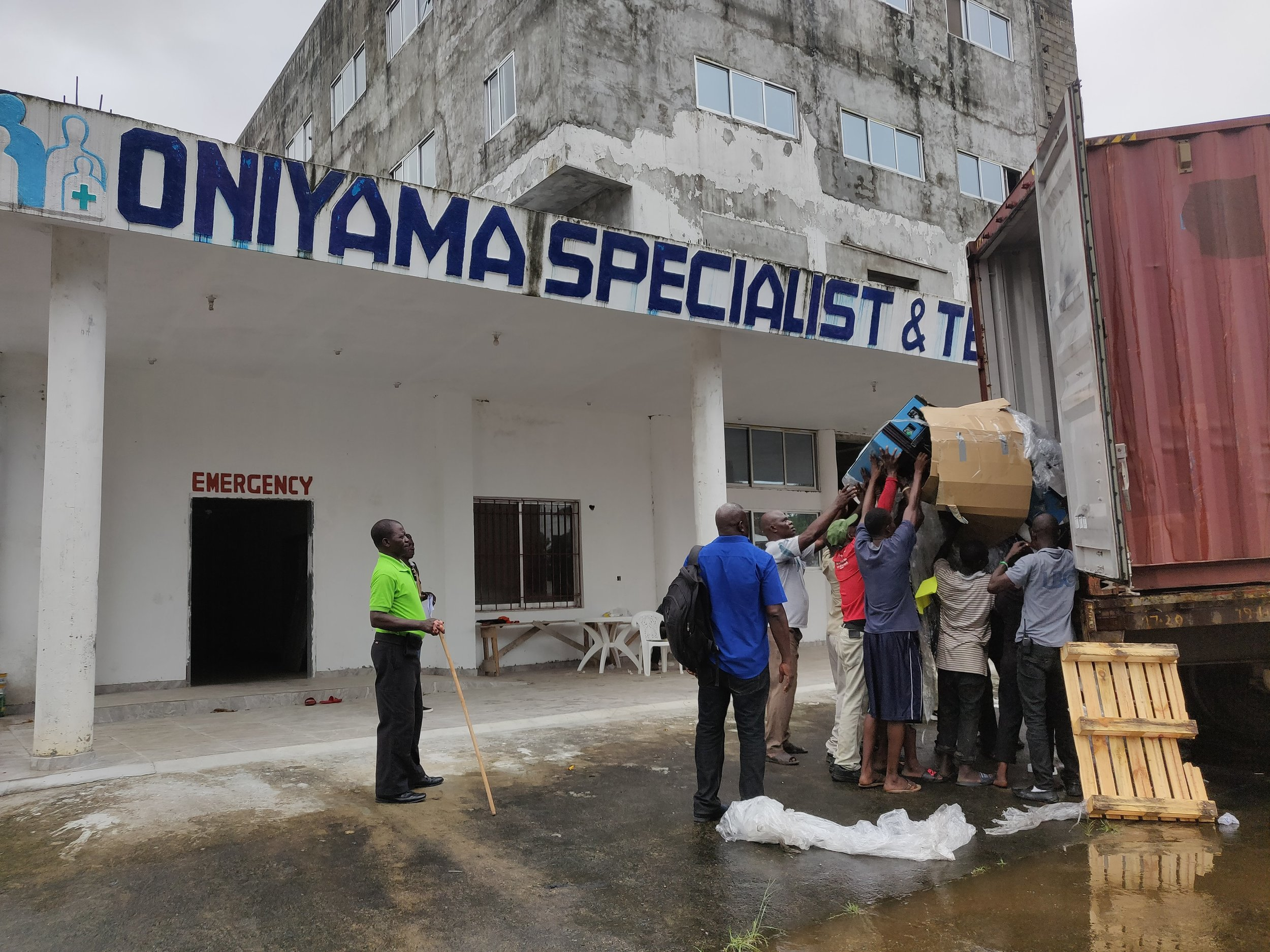 The container finally arrives at Oniyama Specialist & Teaching Hospital