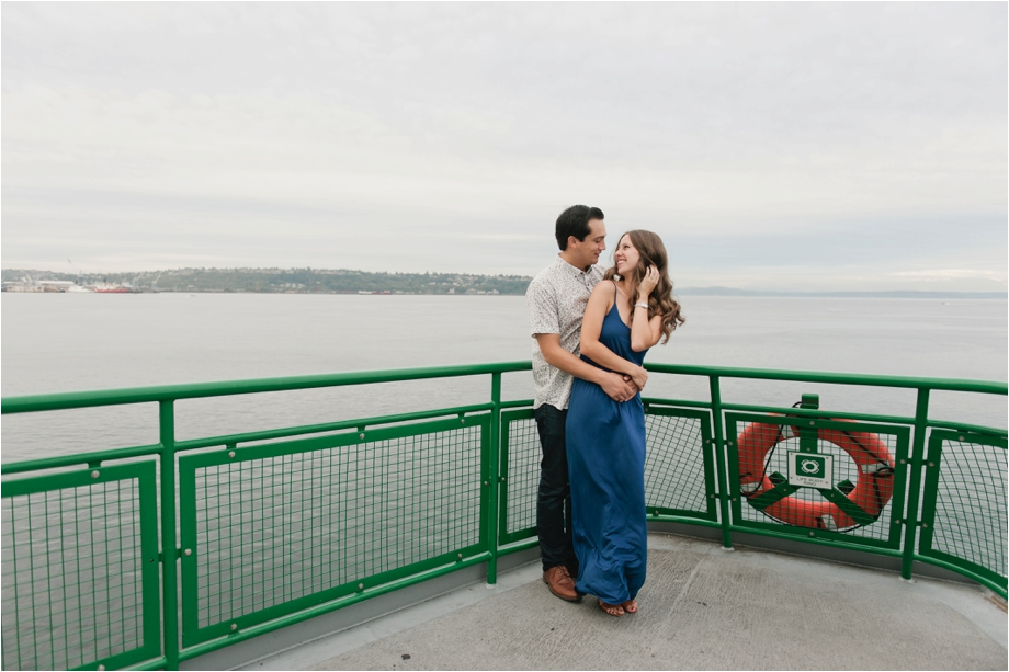 1 Ferry Engagement Session.jpg