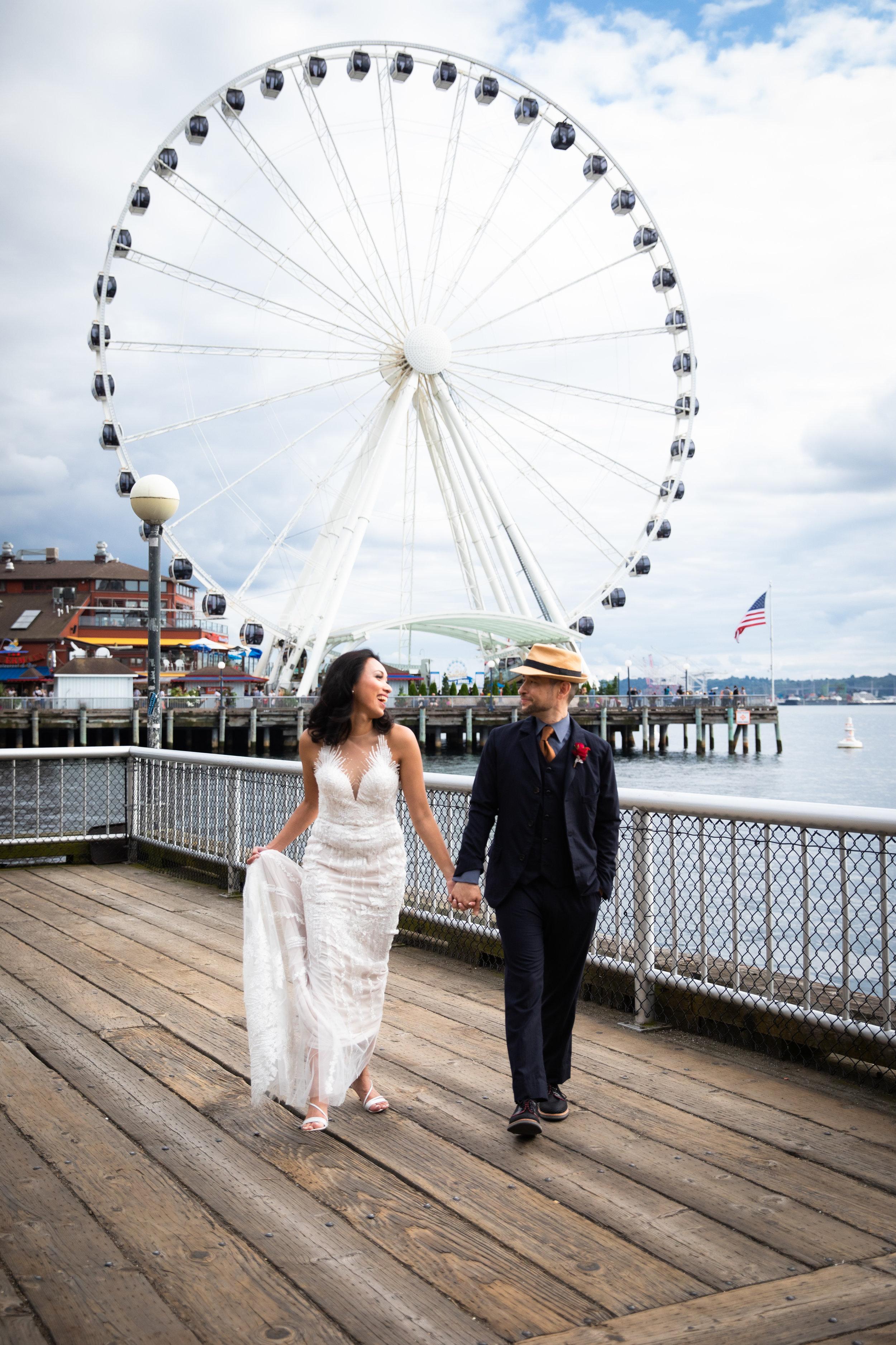 Seattle-Aquarium-Wedding-Preview-3.jpg
