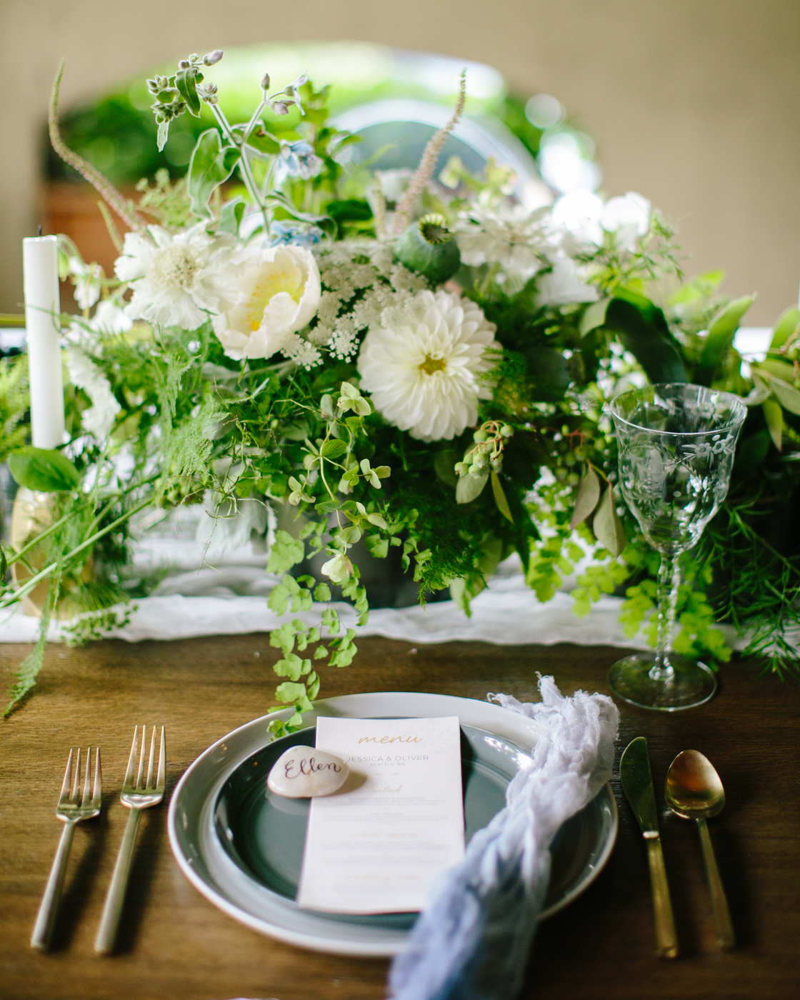 Wedding Planning Seattle | Wedding Wise | Delille Cellars | 2017 Pantone Color of the Year Greenery