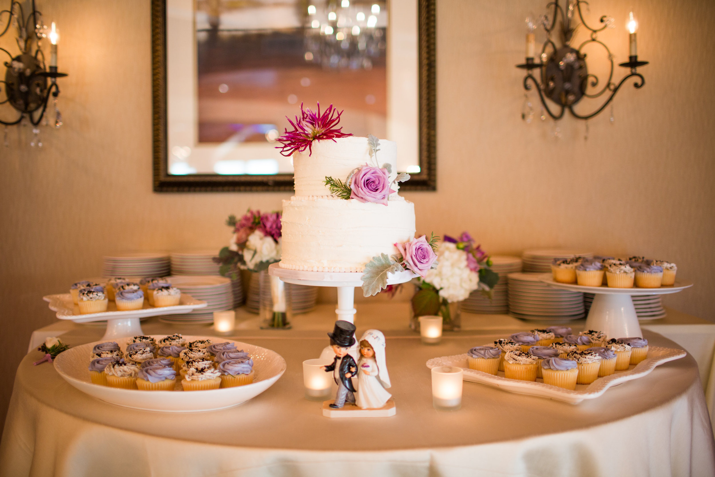 Seattle Wedding Planner, Wedding Wise | Ciccarelli Photography | Edgewater Hotel Wedding | Waterfront wedding | White cake with purple flowers