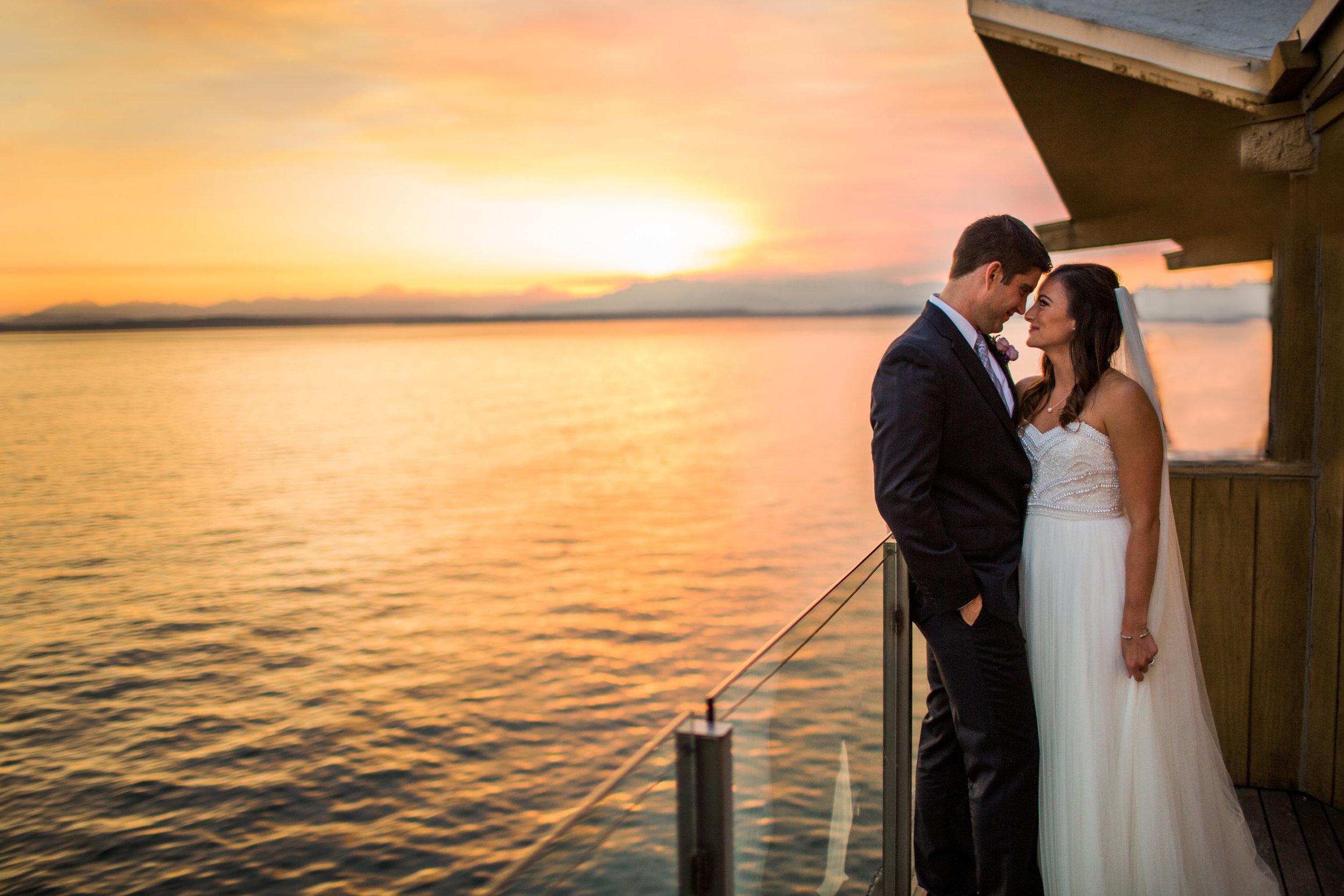Seattle Wedding Planner, Wedding Wise | Ciccarelli Photography | Edgewater Hotel Wedding | Waterfront wedding | Sunset wedding photos