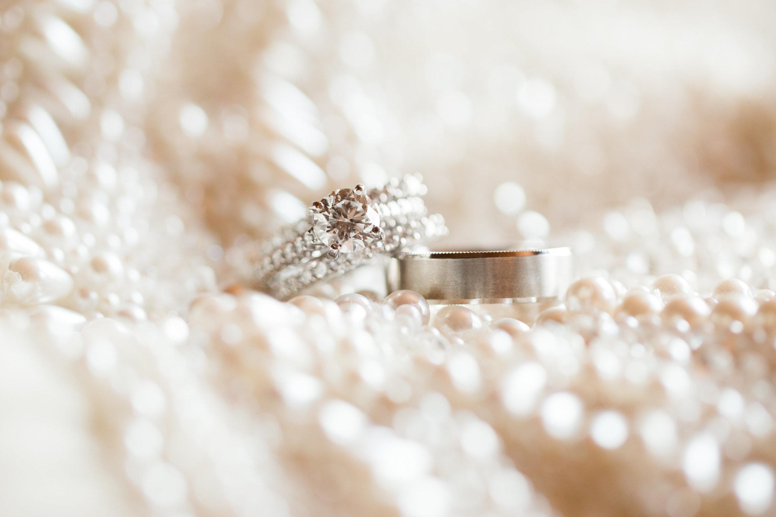 Seattle Wedding Planner, Wedding Wise | Ciccarelli Photography | Edgewater Hotel Wedding | Engagement ring