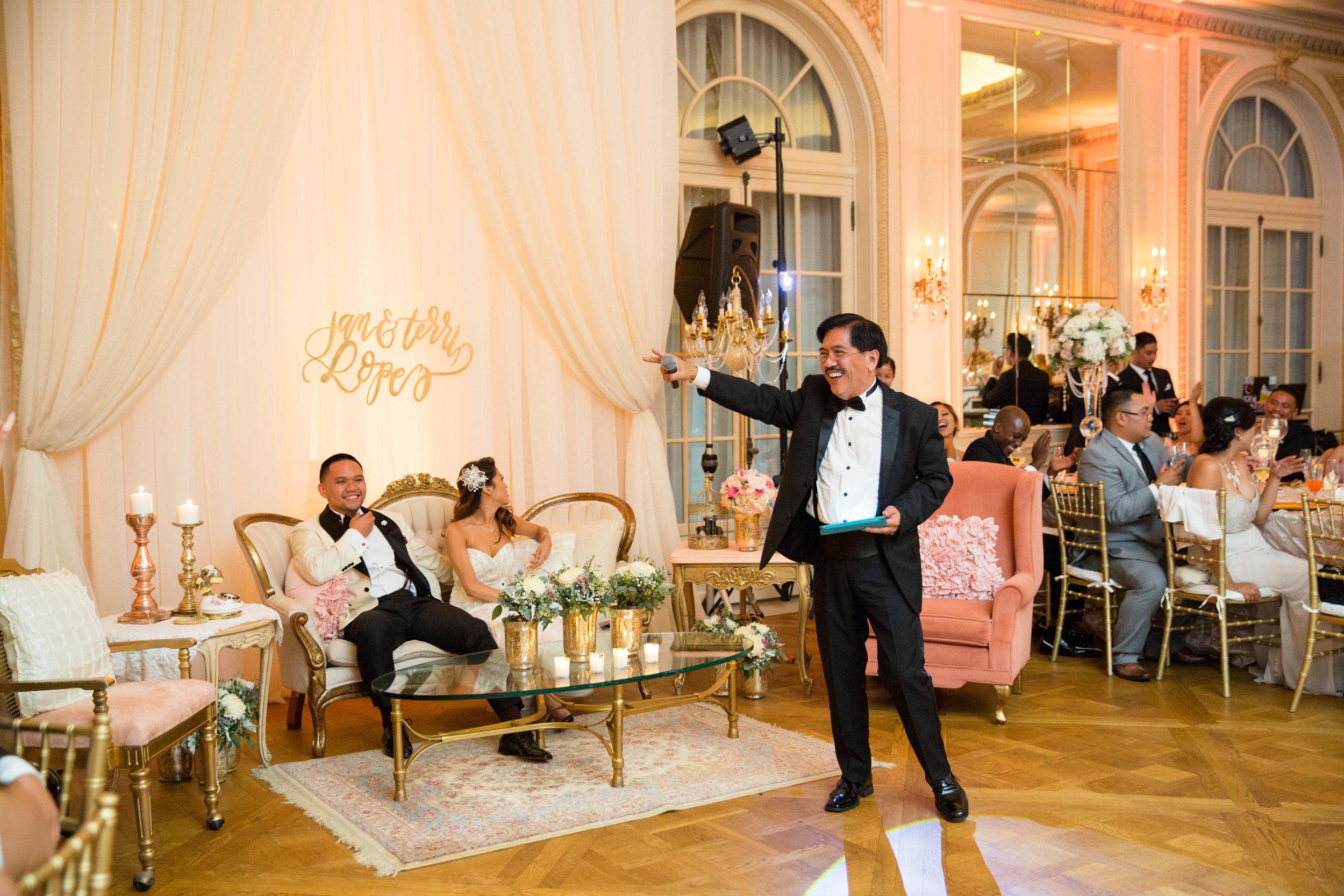 Sweethearts Wedding Lounge