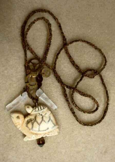 turtle necklace.jpg