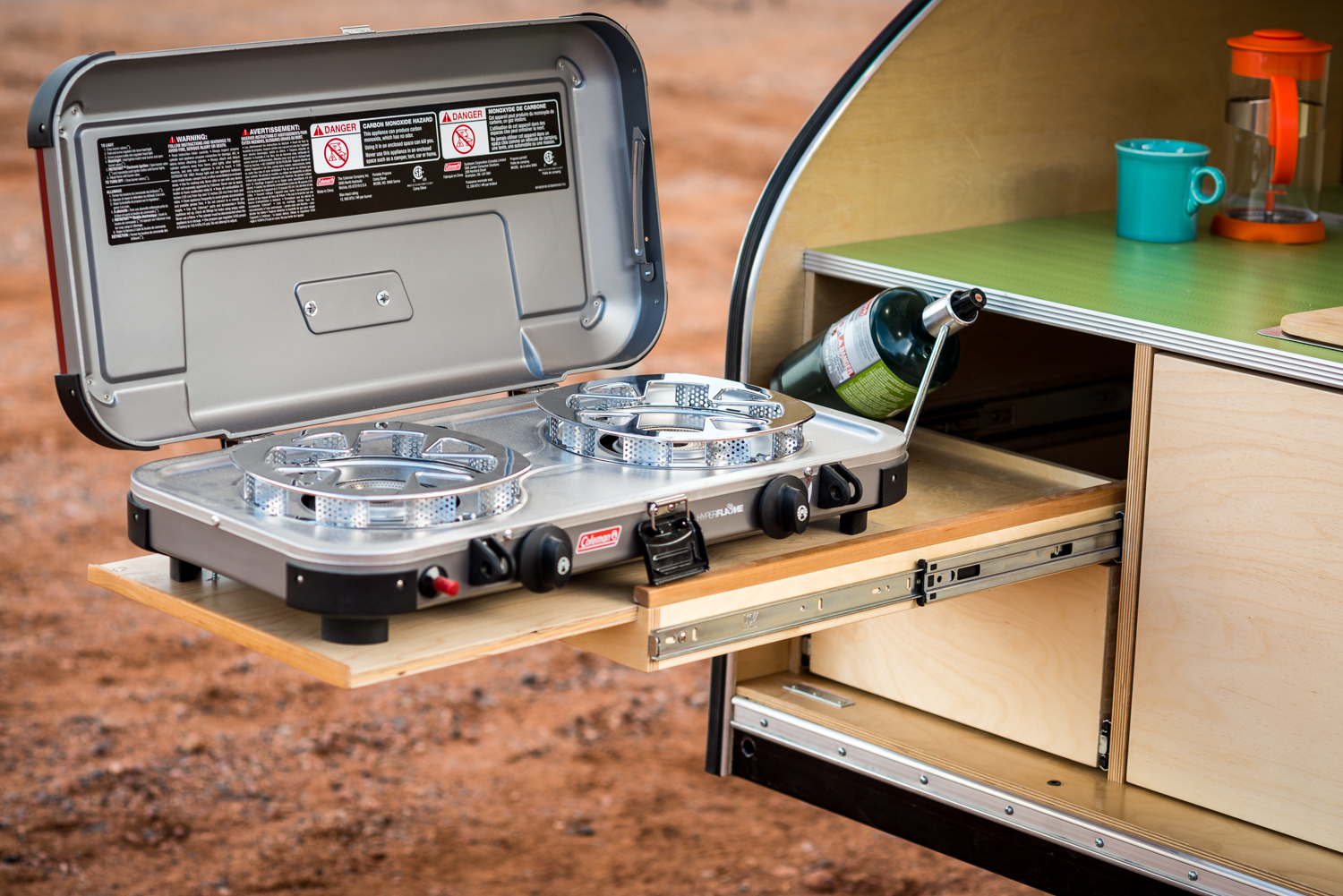 Take your teardrop camping to a new level with an integrated stove for off-grid gourmet.