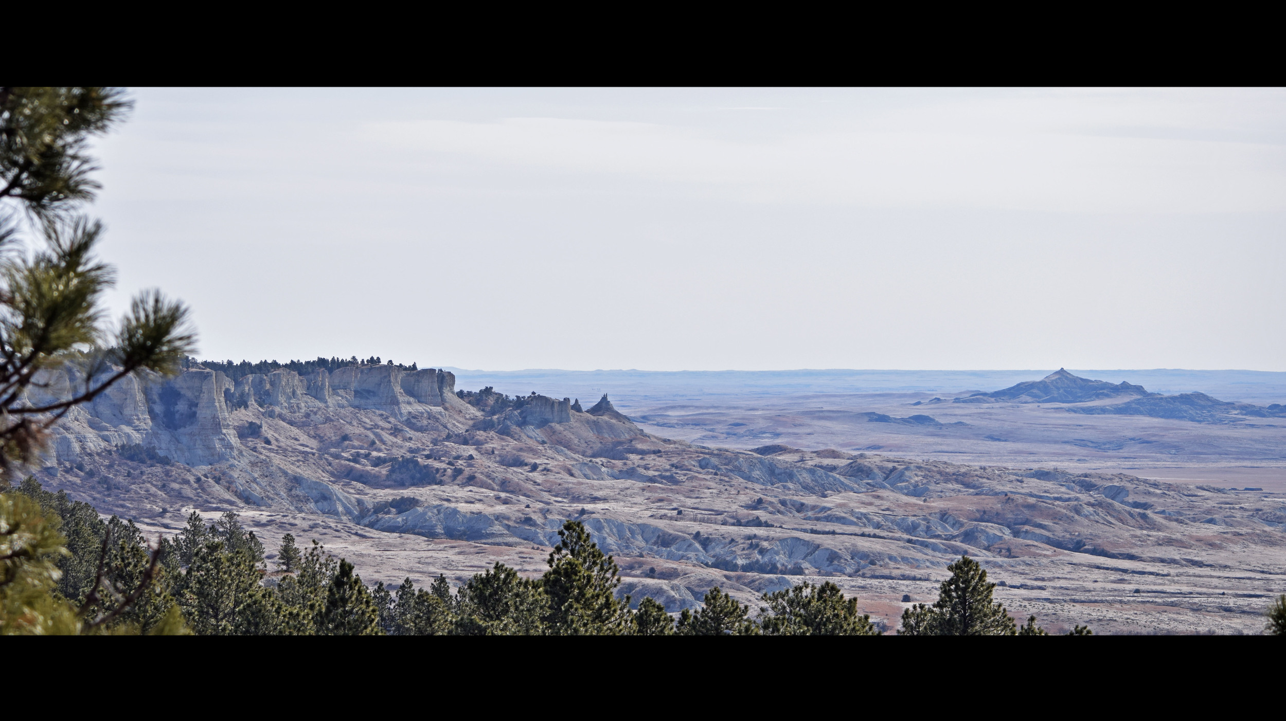 The northwest region of South Dakota is full of rolling plains, rocky buttes,winding creek and river beds.