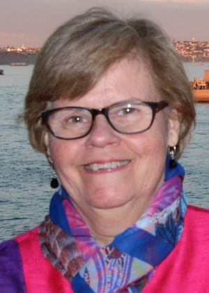 Elizabeth Pooley   Elizabeth is the current Chair of the CSC Board, taking up this position in May 2017 and was a former member of the Advisory Committee. Elizabeth is an Itinerant Teacher who provides support to students with hearing impairment attending Department of Education schools.