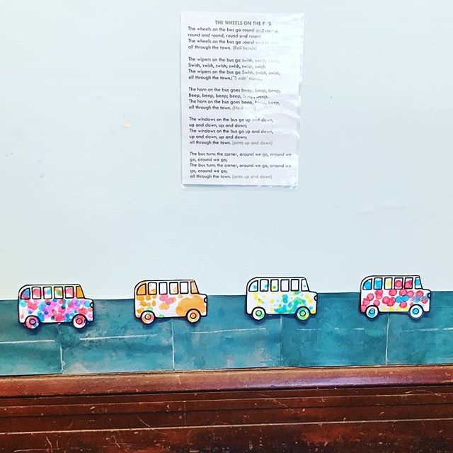 The wheels on the bus go round and round, on the road we made at WAVES today 🚌 #transport #thewheelsonthebus #earlyintervention #earlyinterventionfordeafchildren #hearinglosswontstopme
