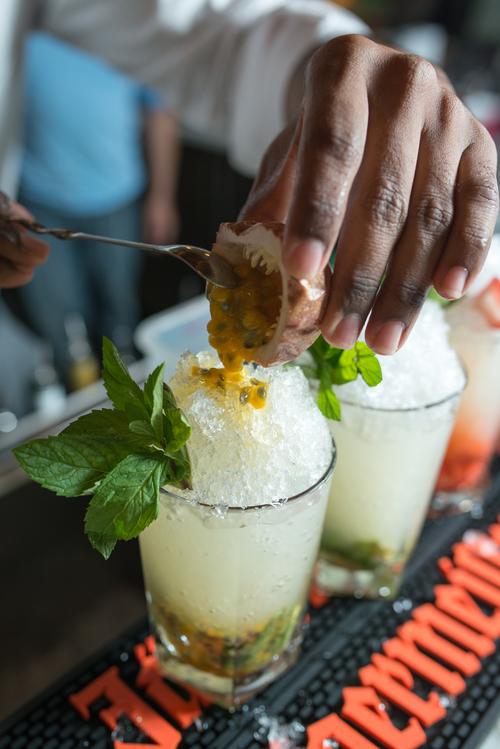 drinks-at-the-exchange-singapore.jpg