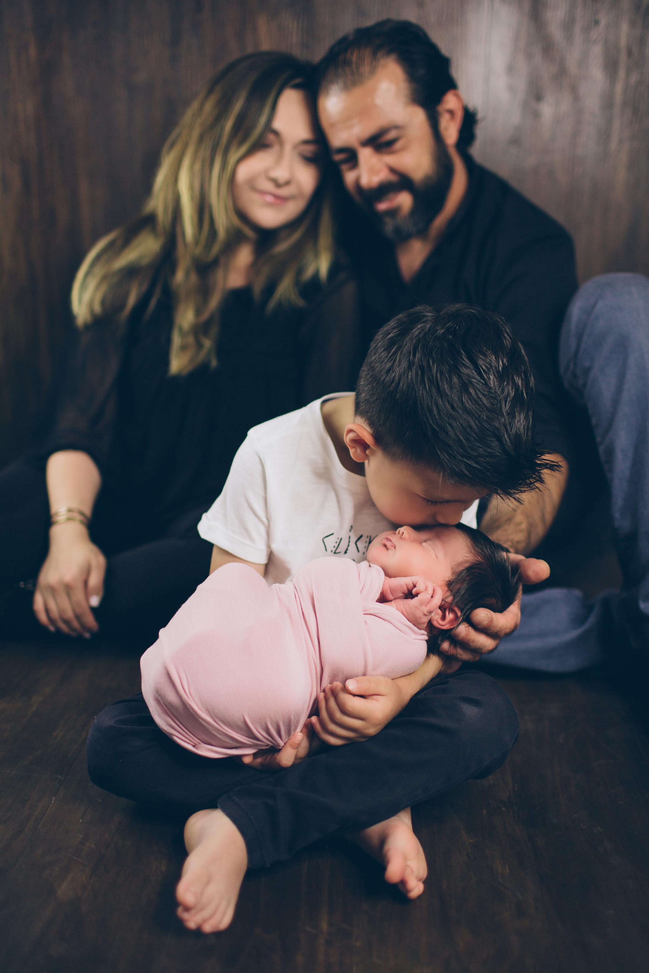Salphie Markarian Newborn Photo Session-11.jpg