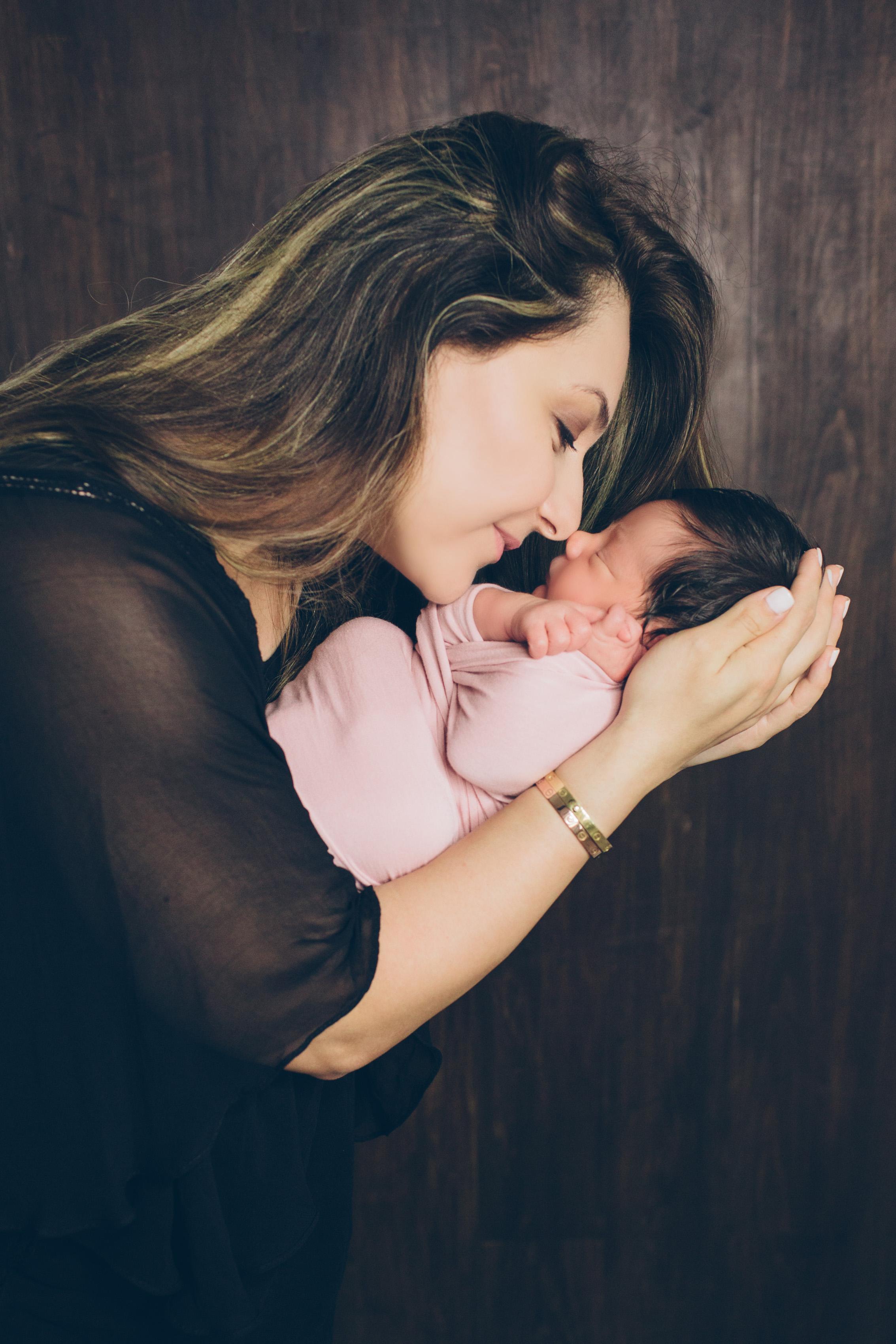 Salphie Markarian Newborn Photo Session-19.jpg