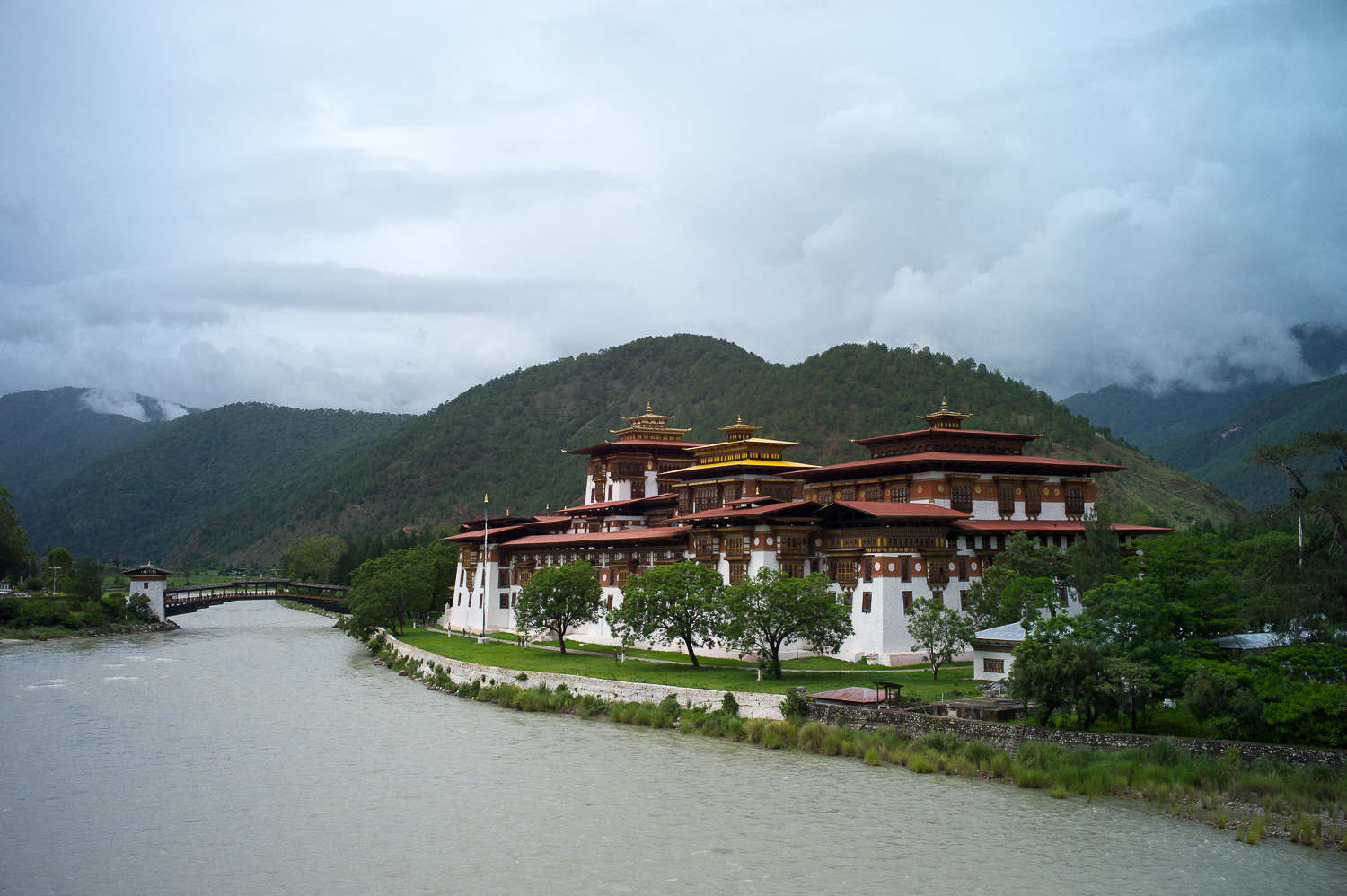 Photogenic Punakha Dzong situated by the river and mountains, Punakha
