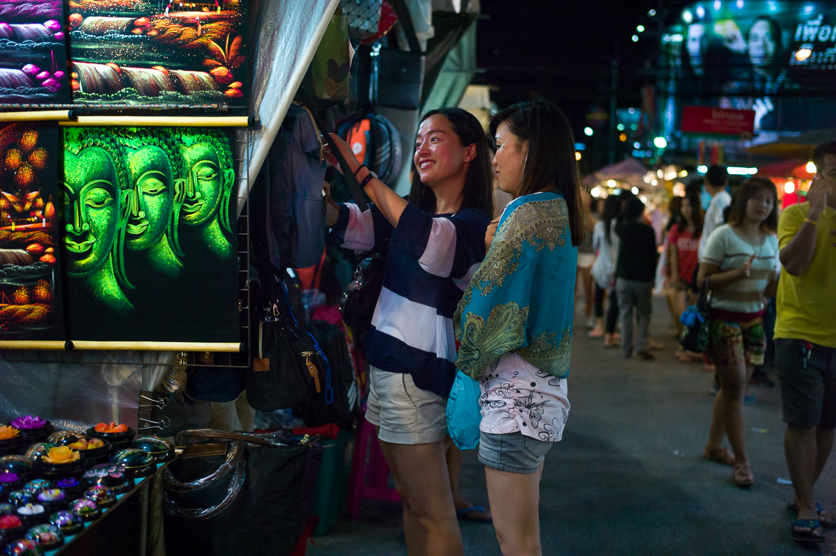 Great place to feel the vibe of the city or pick up some souvenirs, Hua-Hin Night Market