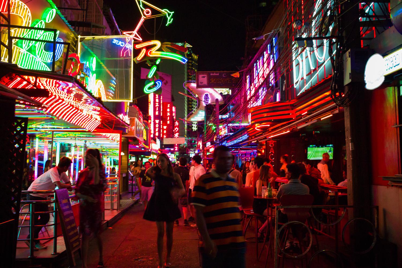 Bangkok Night Photography: Soi Cowboy