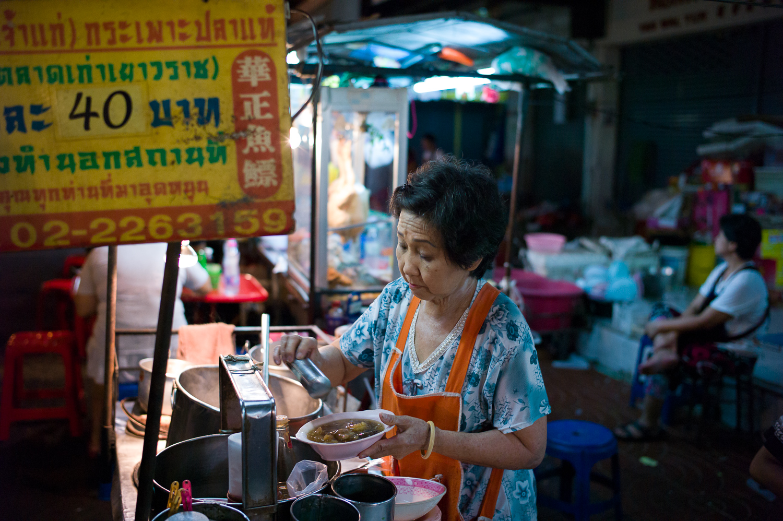 Fish belly soup stall, Yaowat Road, Bangkok
