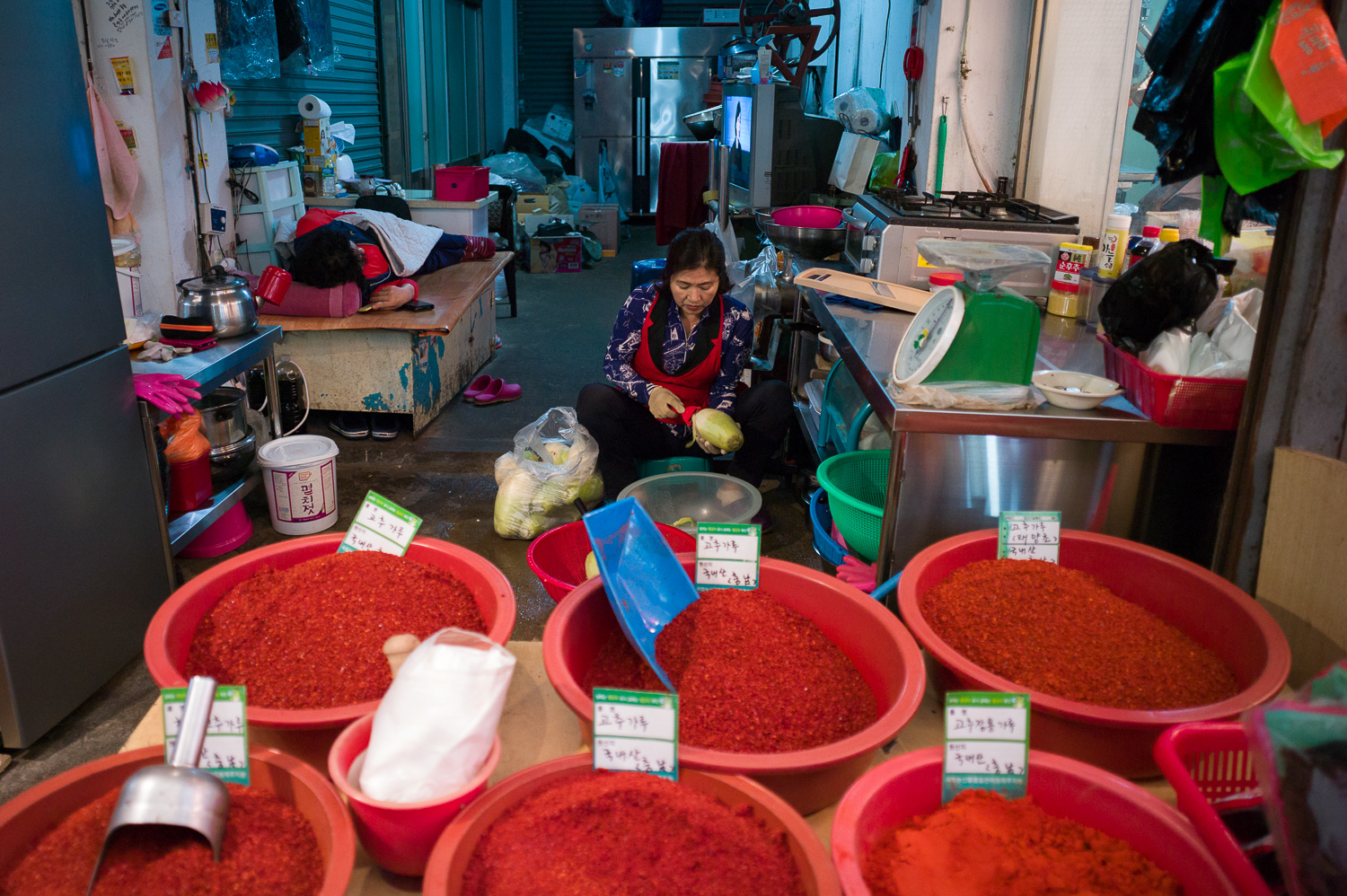 More chili than you need, Jeju Dongmun Traditional Market