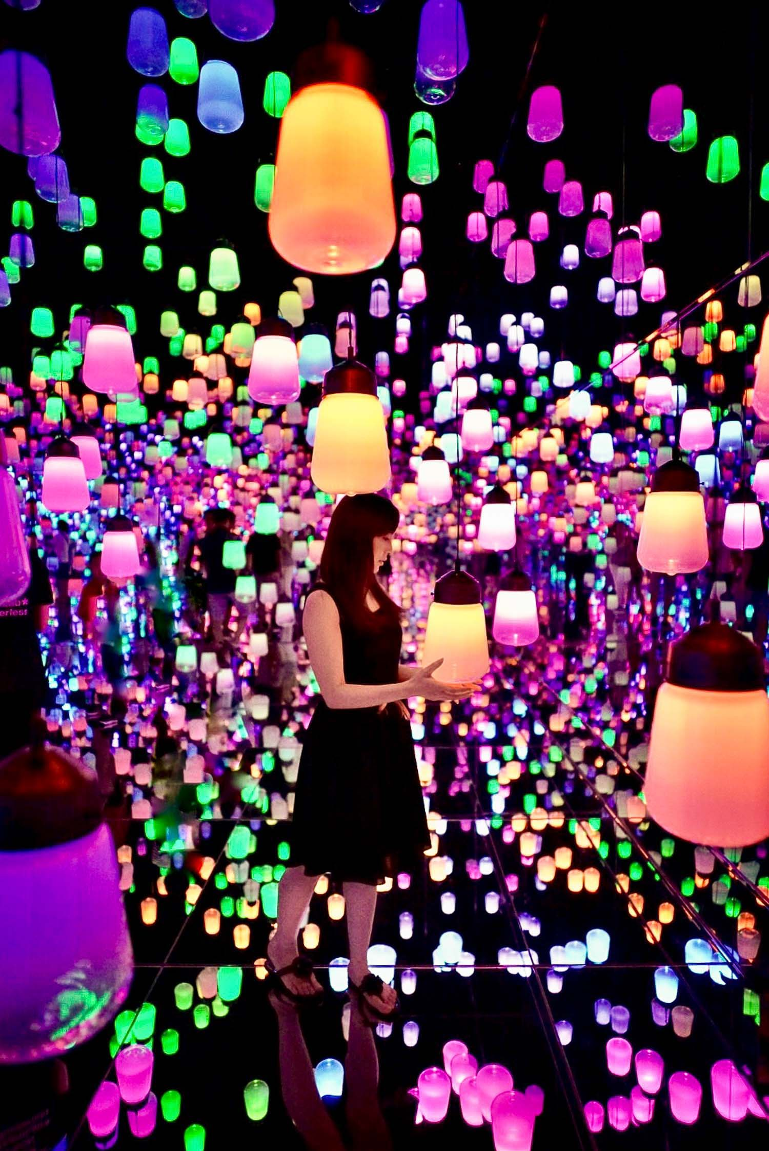 Lamp Forest Teamlab Borderless Tokyo