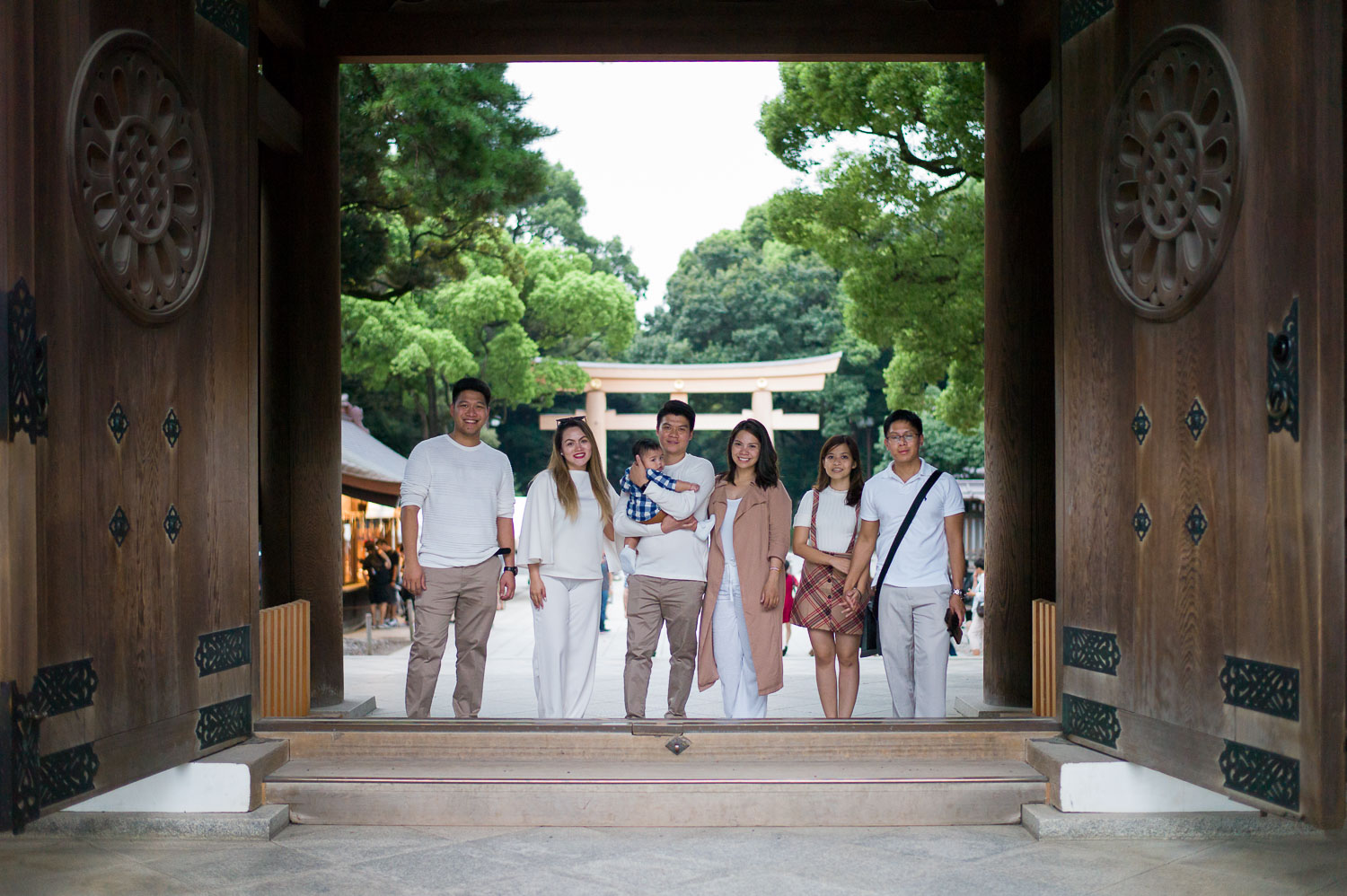 Family photography at the main gate of Meiji Shrine