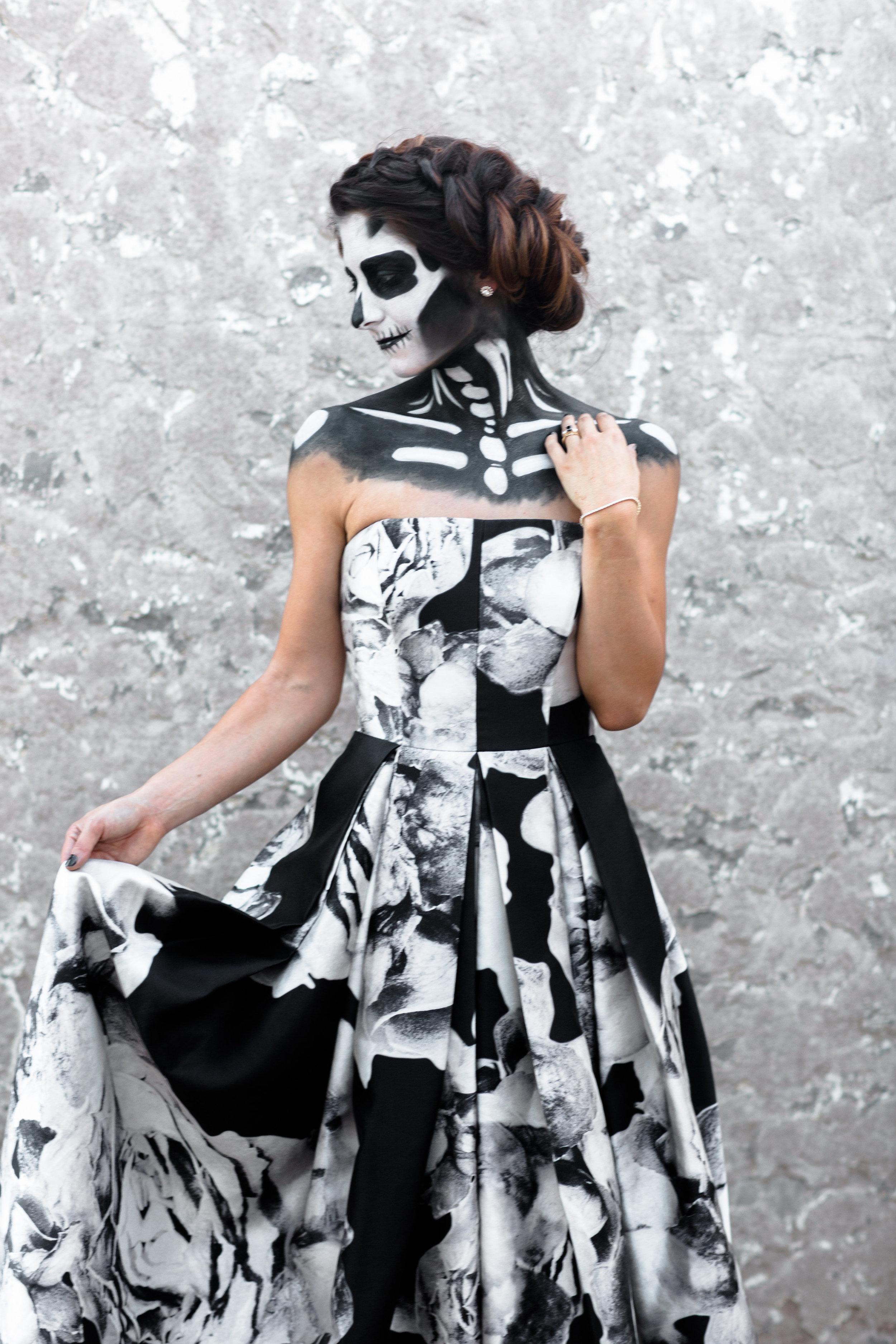 Shotgunning for Love Letters - I feel you in my bones | Halloween Skeleton Wedding