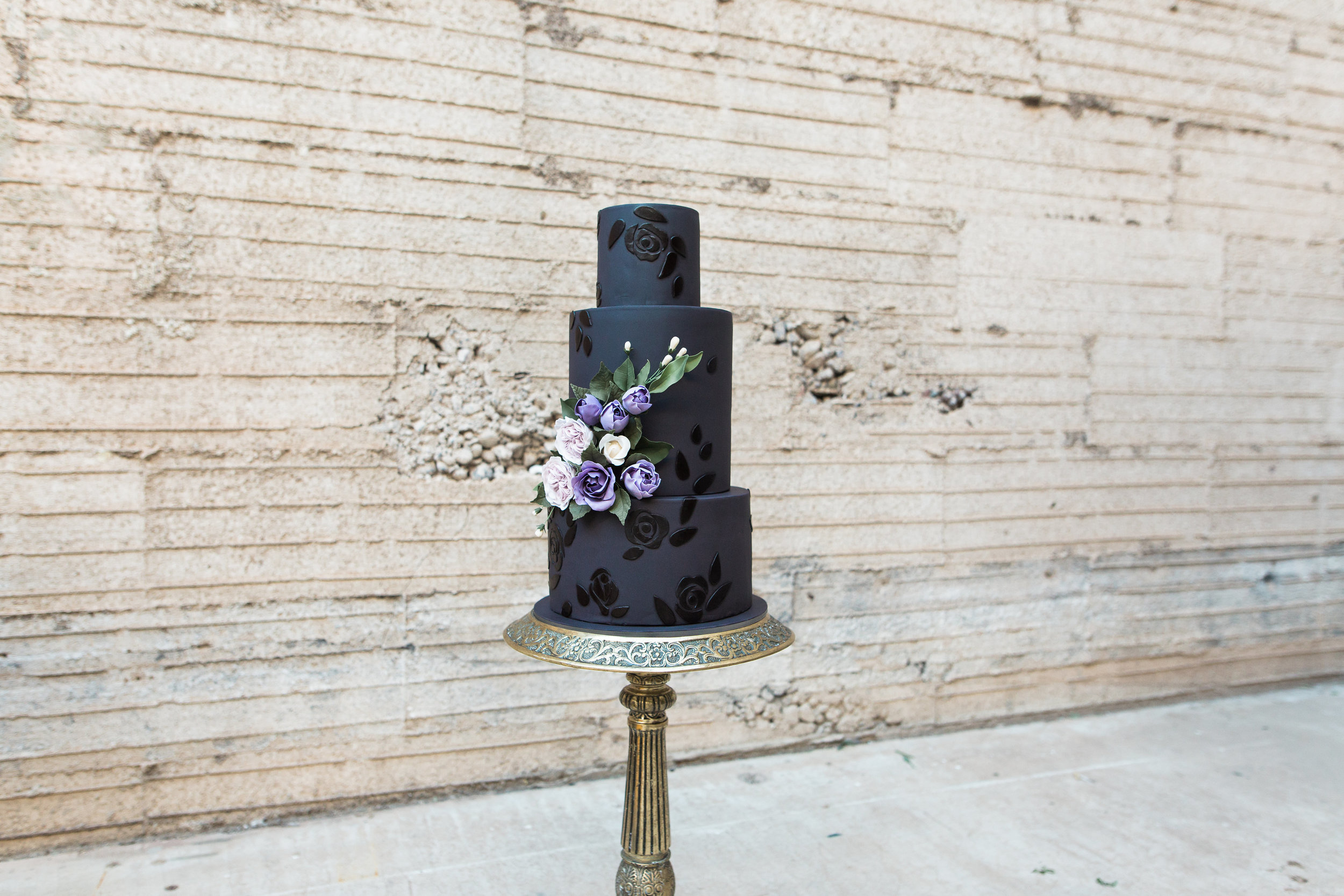 Haunting Vampy Halloween Bride and Wedding Editorial | Black Wedding Cake