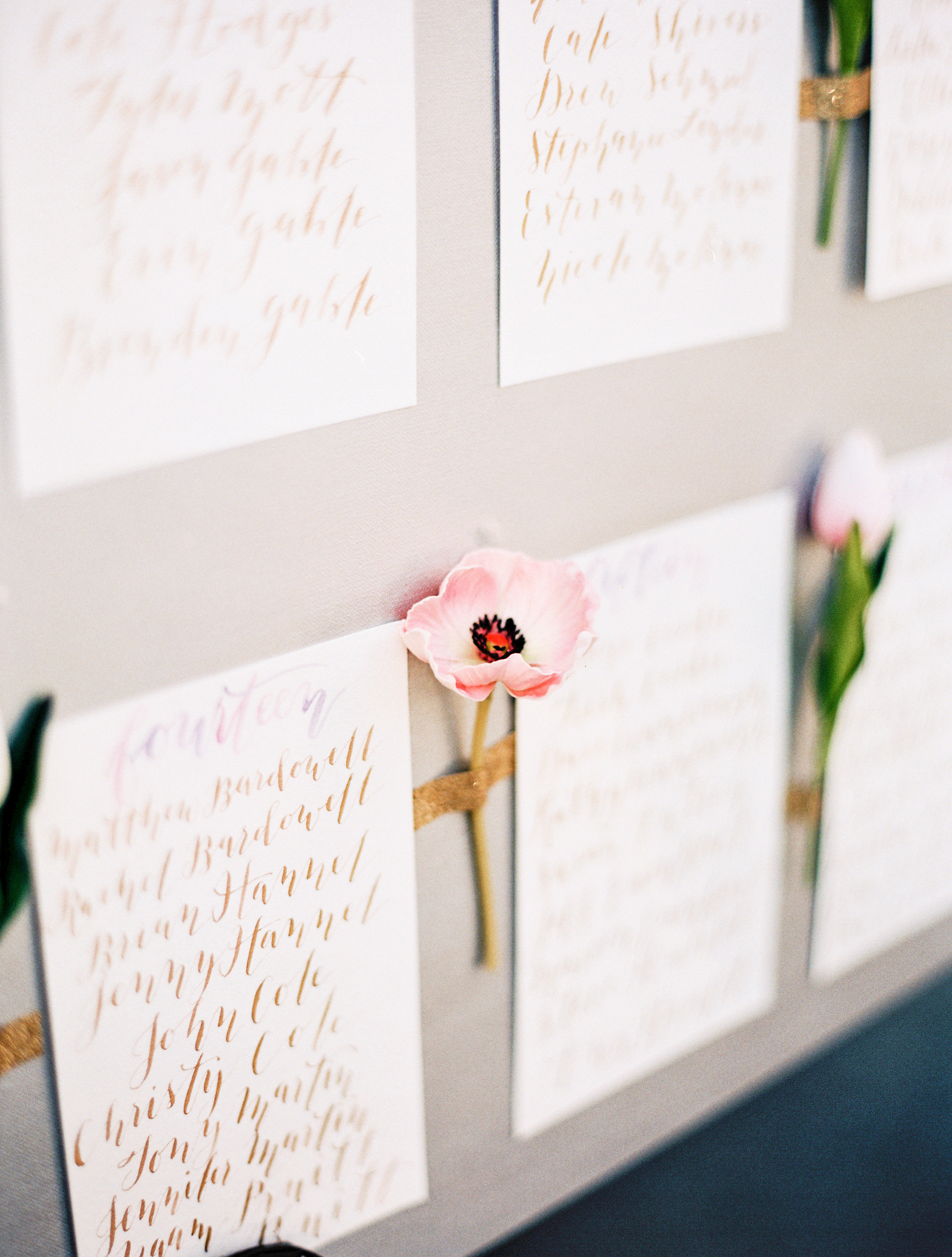 5 Unique Calligraphy Escort and Seating Chart Wedding Signs | Shotgunning for Love Letters