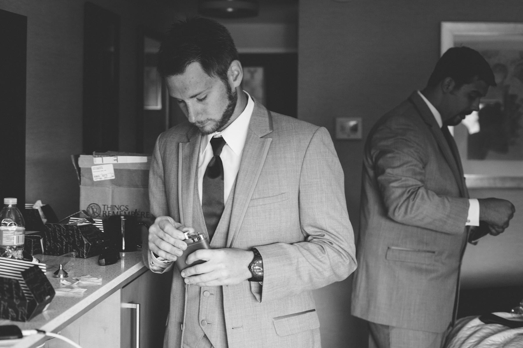 Brandon_Shafer_Photography_Chris_Lauren_Michigan_State_Capital_Wedding_0005.jpg