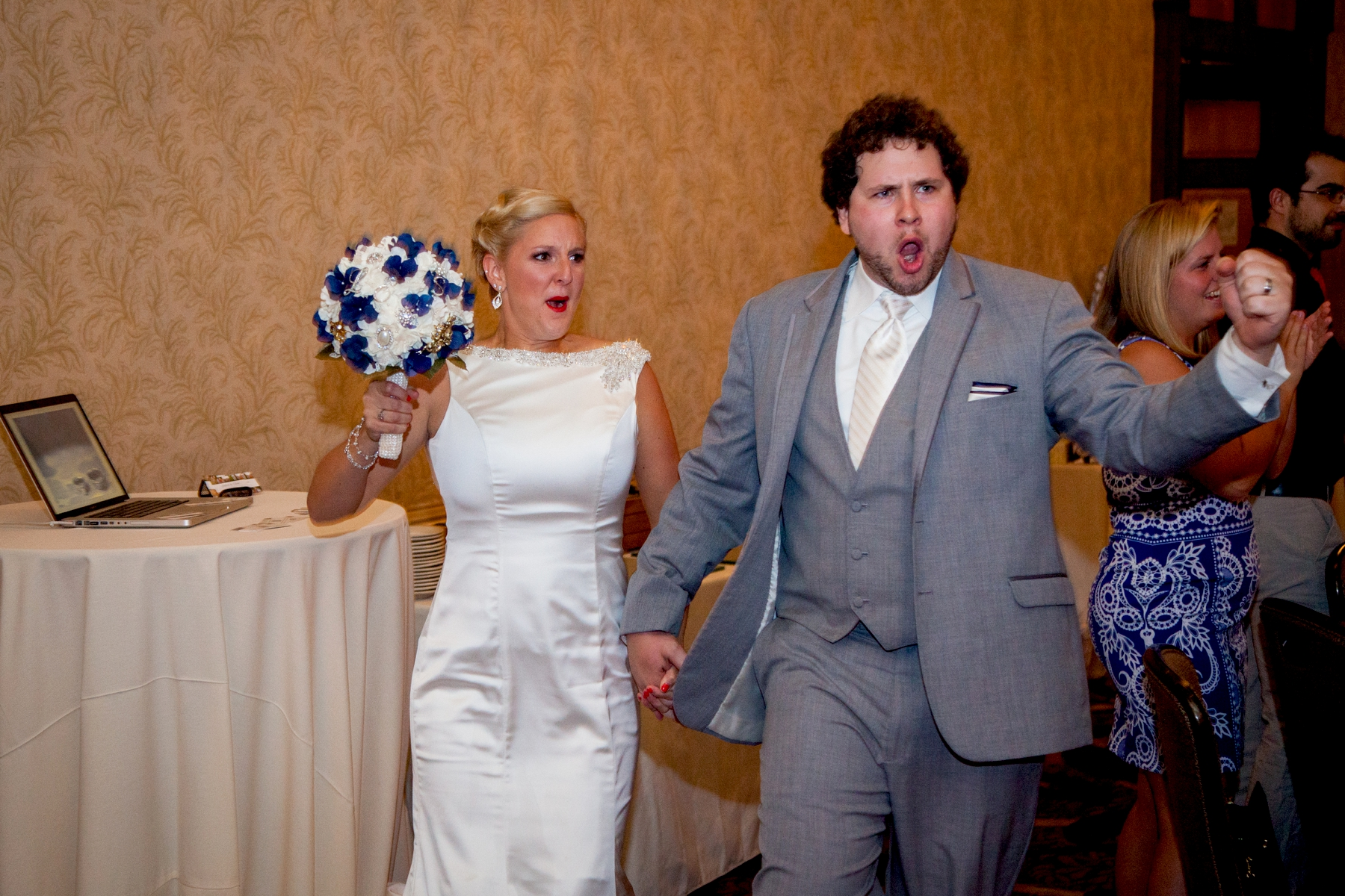 Brandon_Shafer_Photography_Chris_Lauren_Michigan_State_Capital_Wedding_0041.jpg