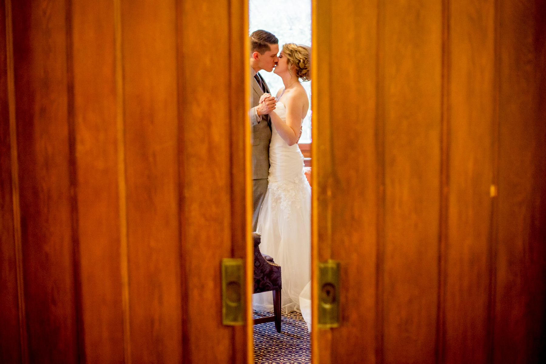 Brandon_Shafer_Photography_Kristen_Corey_Downtown_Grand_Rapids_Fall_Wedding0032.JPG